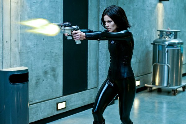 kate-beckinsale-returning-for-underworld-5