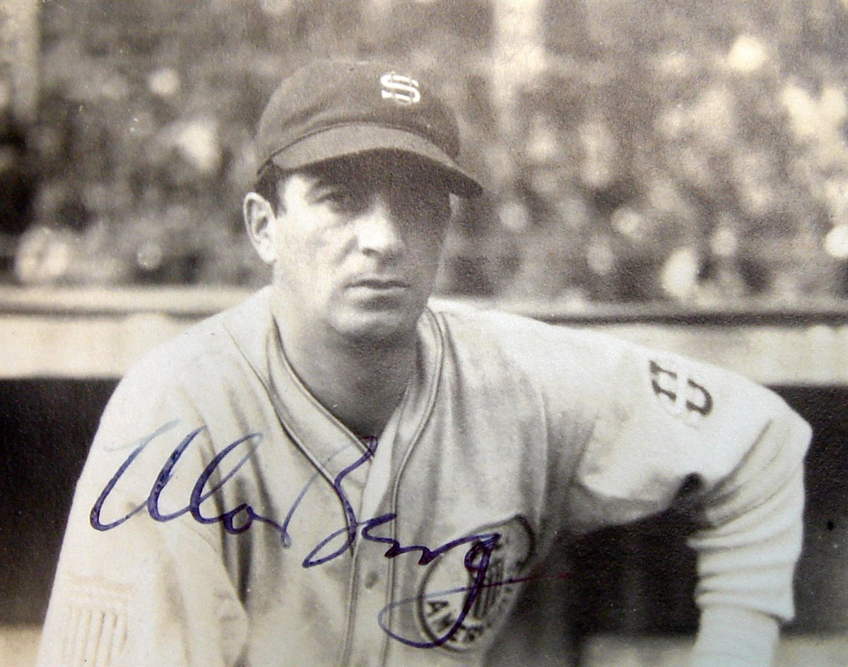 1934-moe-berg-signed-photo-closeup-3